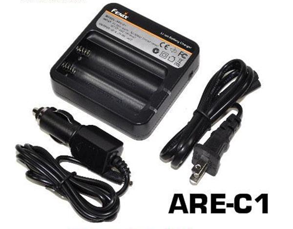 Fenix ARE-C1 akkumulátor töltő