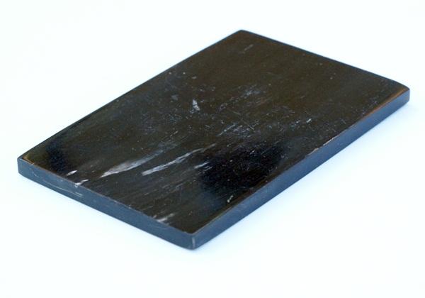 Bivalyszarv markolatanyag, 12x8 cm-es
