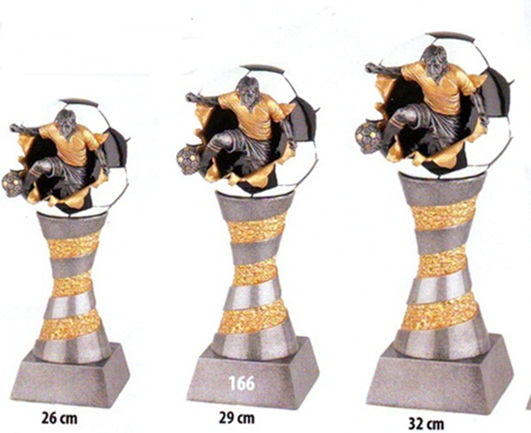Labdarúgó trófea, 166-32