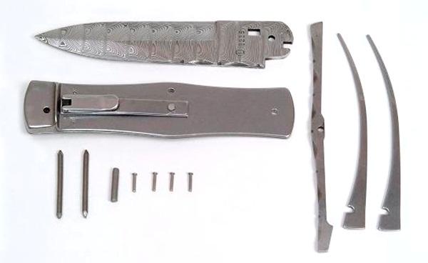 Mikov Predator kit damaszk pengével, 241-D-1/Kit