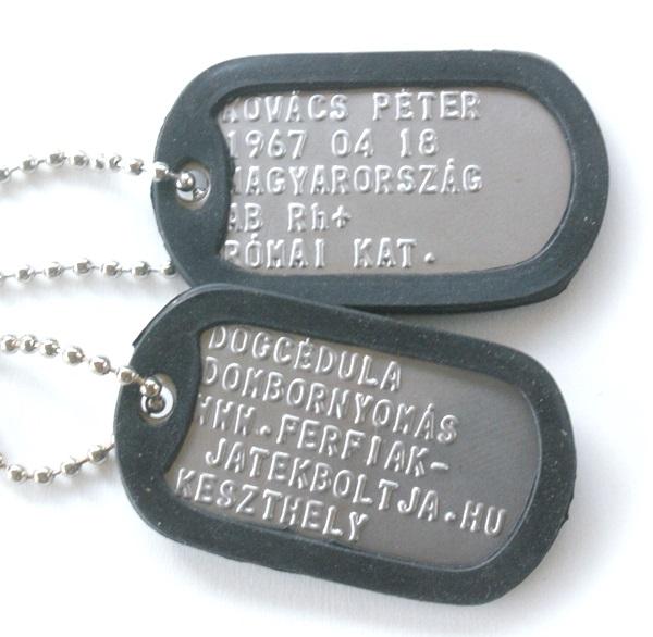 Dombornyomott US dögcédula védőgumival, ezüst színű