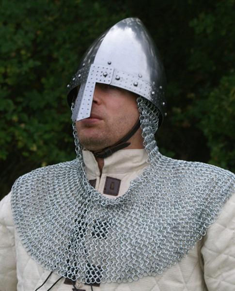 Viking páncélsisak láncos nyakvédővel, 1701031622
