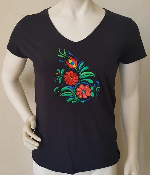 Női hímzett póló, fekete