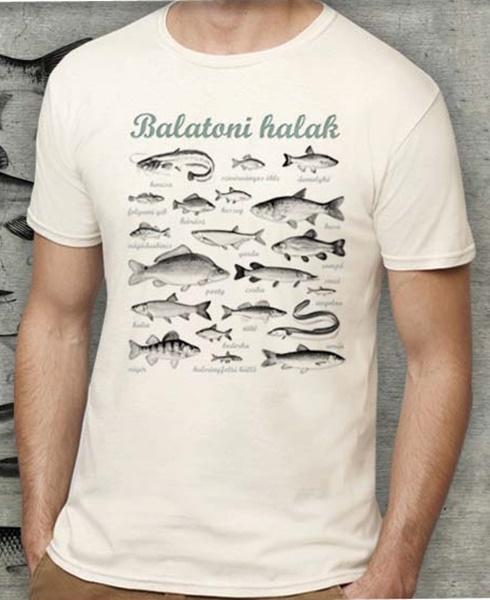 Balatoni halak mintázatú férfi póló, fehér