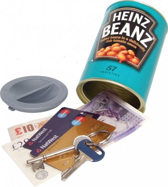 Titkos rejtekhely Heinz babkonzervben, HBZ02