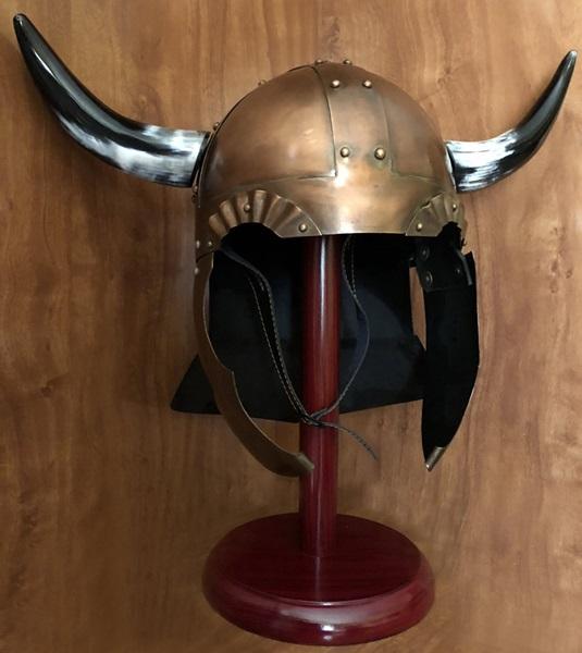Windlass Horned Viking Helmet, viking páncélsisak, 300001