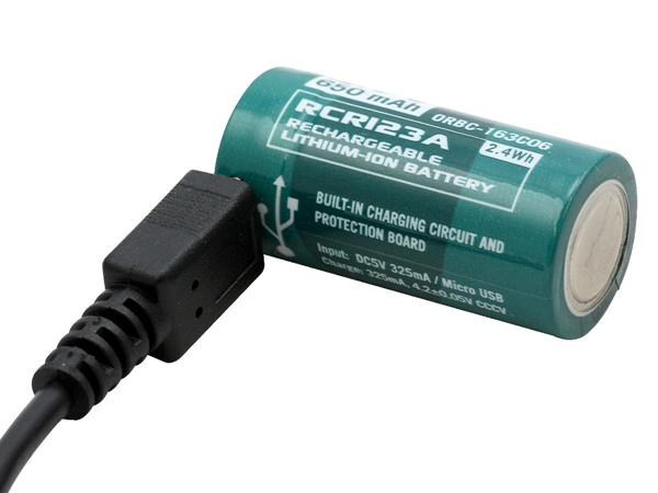 Olight RCR123A Micro-USB Lítium-ion akkumulátor 3,7V 650mAh