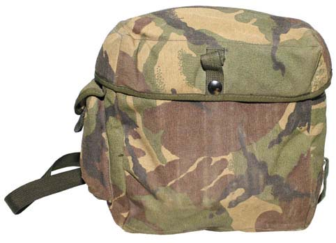 Brit gázálarc táska, használt, 630121