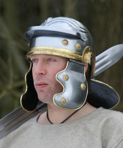római páncélok, fegyverek