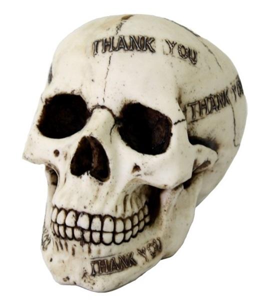 koponyák, csontvázak